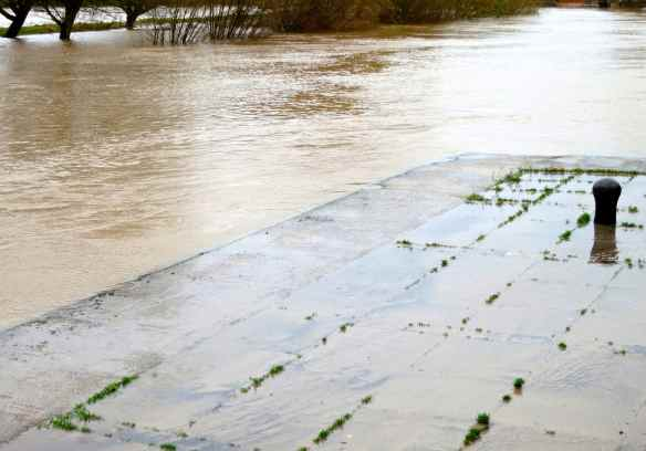 River Severn high water 31.12.12 - 17